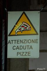 Camerieri maldestri? (franz75) Tags: danger d50 torino nikon notice pizza cartello turin pericolo attenzione goldstaraward