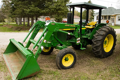 tractor green bucket johndeere 2130