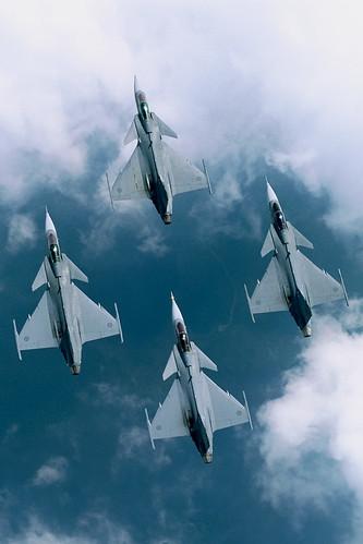 フリー画像| 航空機/飛行機| 軍用機| マルチロール機| サーブ 39 グリペン| JAS-39 Gripen|      フリー素材|