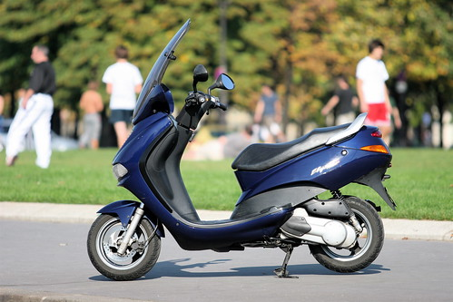 Scooter Elyseo 125