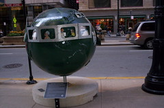 Globes and Sidewalk repair 30 N LaSalleCityHall 011