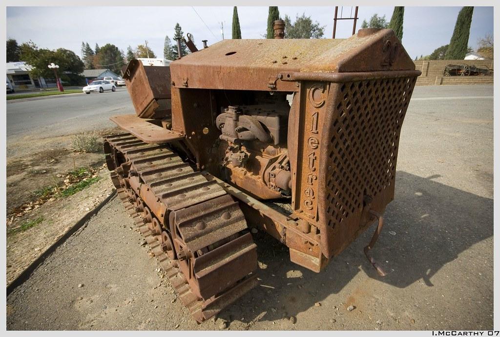 IMAGE: http://farm3.static.flickr.com/2187/1975544083_7e72ded5d2_b.jpg
