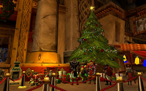 The Annual Looting of the Winter Veil Presents
