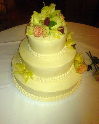 Simple Wedding Cakes on Joy The Baker     Simple White Wedding Cake