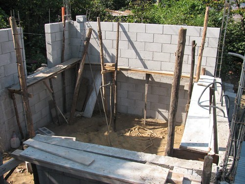 3 Walls going up
