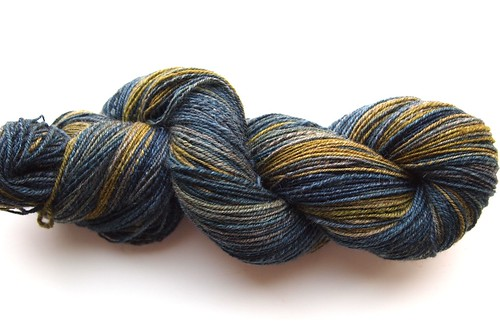 SCF-May 2011 Fiber Club-Oatmeal BFL-Time Lord-chain plied-314yds