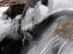 Cascade (quelquepartsurlaterre) Tags: france alpes eau torrent glace queyras ceillac