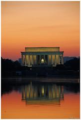 Lincoln Memorial at dusk (Magda'70) Tags: red usa america us dc washington nikon dusk lincolnmemorial d200 2007 aplusphoto zymon