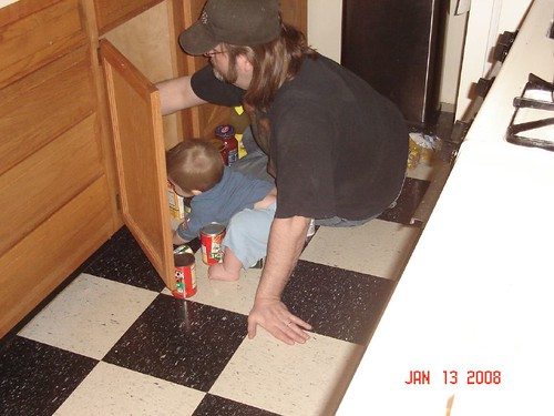max and daddy in the kitchen3