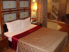 愛菲爾汽車旅館
