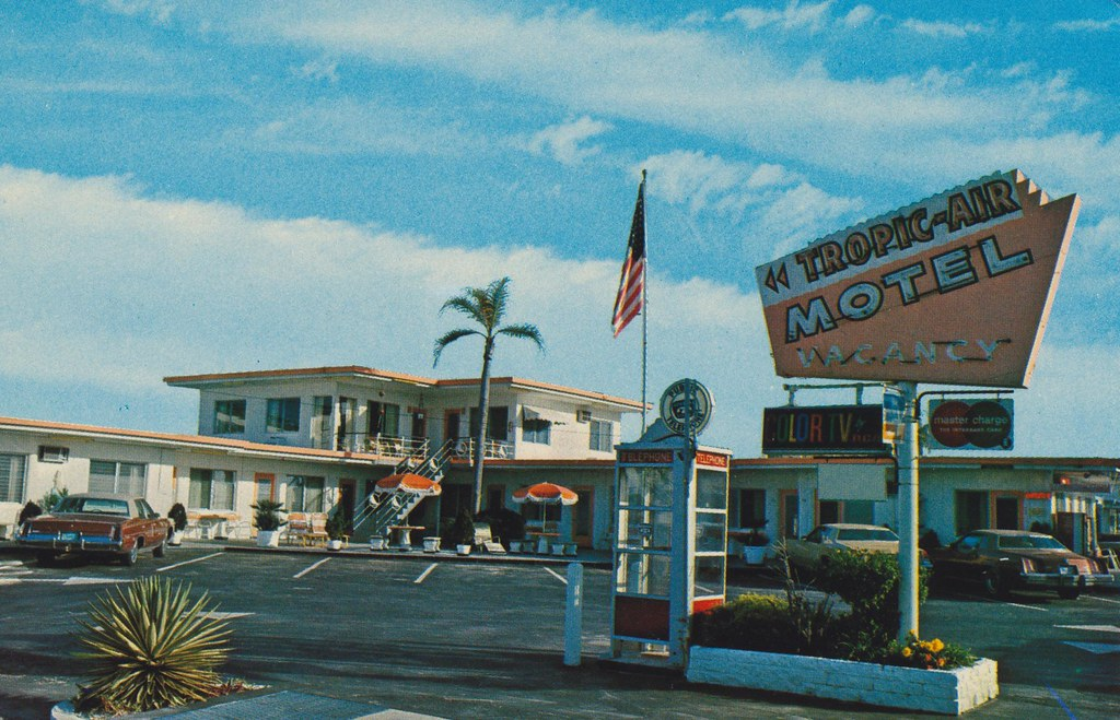 Tropic-Air Motel - Clearwater Beach, Florida