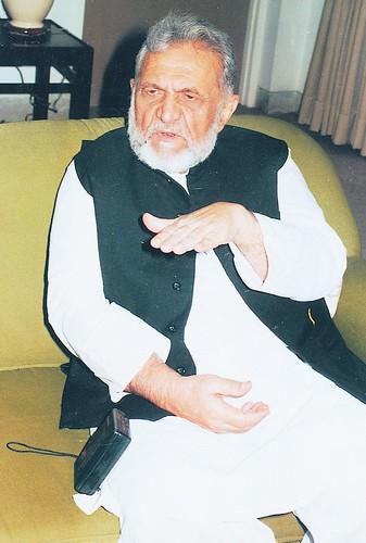 1539628849 827cbbde62 - List of Ashfaq Ahmed's Novels