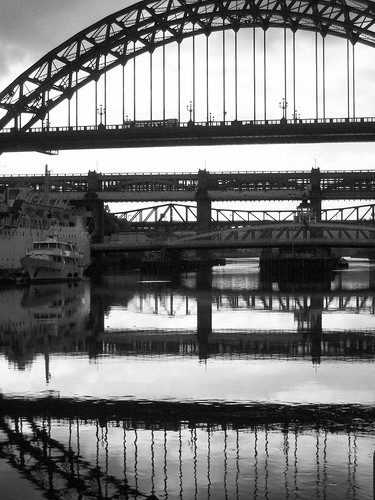 07-10-10 Tyne Bridge (7)