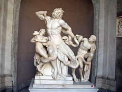Vatican Museums - The Laocoon Group (*Checco*) Tags: italy sculpture vatican rome roma statue museum italia group vaticano museo marble statua laocoon gruppo vaticancity scultura museivaticani marmo holysee vaticanmuseums lacoonte cittdelvaticano santasede