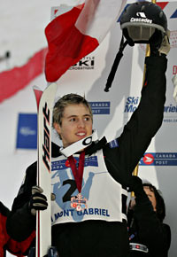 Bilodeau with medal at the Canada Post Freestyle Grand Prix (Credit:Mike Ridewood)