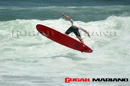 2117436487 77a145fc26 Aereo en longboard  Marketing Digital Surfing Agencia