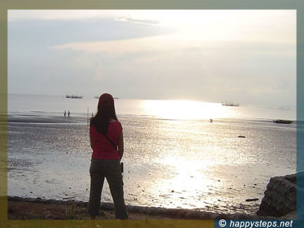Photo of me sunset-watching at Pacific Shores subdivision, Talisay City, Negros Occidental