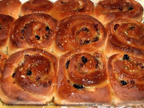 Broodjes met honing en citroen