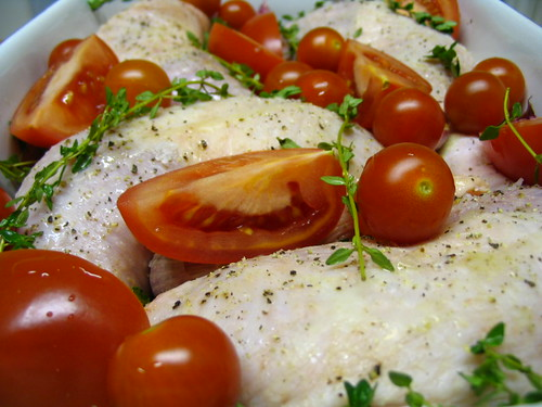 Roast chicken legs with tomatoes 1