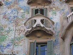 IMG_3518 (Wa5t3DAp3) Tags: barcelona balcony gaud casabatll