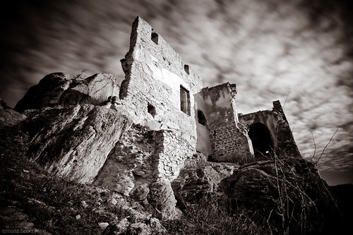 The Dark Ruins of Dürnstein