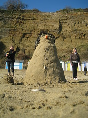 Giant SandmanSnowman (sandmansnowman) Tags: sculpture holiday art tourism beach giant islands coast seaside sand holidays sandy arts coastal shore isleofwight creativecommons beaches publicart intertidal sandcastle extravaganza wight shanklin sandandsun thelittlepeople winteronthebeach europeanislands beachholidays island2000 freepictures coastalphotography isleofwightbeaches coastalconservation ecoisland isleofwighttourism shorelineprojects sandyislands theisleofwightisfab islandness beachimages picturesofthebeach islandbreaks isleofwightevents