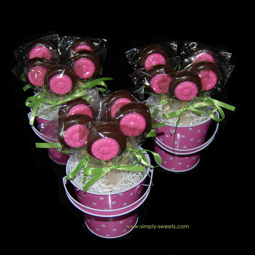 pink chocolate dipped oreo flower pot more photos