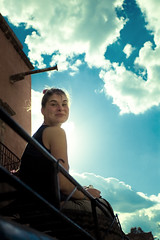 two suns in the sky (Luis Montemayor) Tags: sky woman girl clouds mexico happy mujer pretty chica jeep cielo nubes feliz myfavs francesa realdecatorce dflickr dflickr180307 frencha