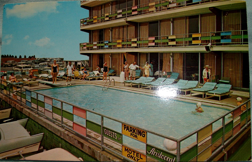 Aristocrat Motel postcard