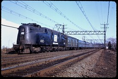 GG1 4882 With Rainbow-Era Amtrak Train From Boston (brooklynparrot) Tags: trains amtrak 1970s northeast locomotives railroads penncentral