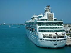 Royal Caribbean: Grandeur of the Seas