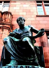 Aristoteles 3 (après) Tags: statue skulptur universität freiburg aristoteles