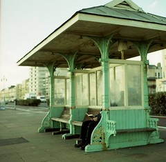 (Jayna) Tags: uk film bench reading brighton fuji hasselblad pro faceless medium format planar 80mm 500cm 400h brighton3