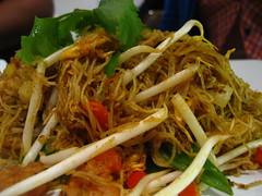 Singapore fried noodle