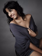South Actress SANJJANAA Unedited Hot Exclusive Sexy Photos Set-23 (216)
