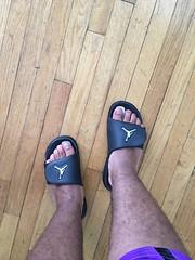 IMG_7131 (_bagent1) Tags: myfeet boyfeet chubbyfeet barefeet bearfeet thickfeet chubbytoes chubby chubbysoles soles slides sandals tops toes