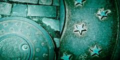 acid stars (horizontal.integration) Tags: texture metal photoshop manipulated stars star virginia diptych acid bricks ground cover april split toned 2007 oldtownalexandria greenish lightroom blueish splittoned cs3