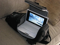 Lowepro SlingShot 100 & The Asus Eee PC
