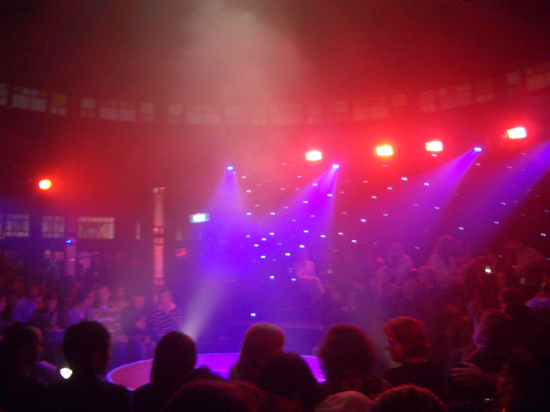Spiegeltent interior - waiting for La Clique