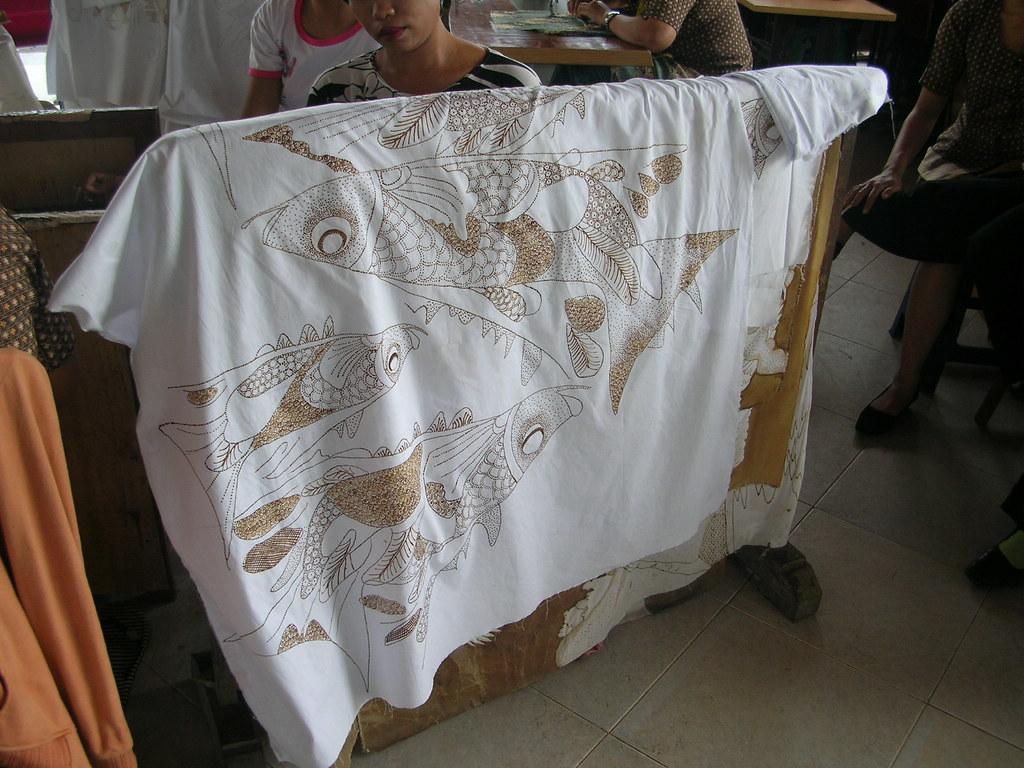 Batu bulan batik
