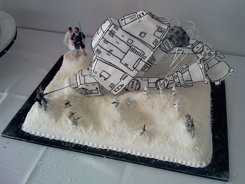Star Wars wedding cake by Magic Robot.