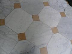 P1050998 (debolsillo) Tags: barcelona gaud casabatll