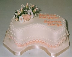 Cacen bedydd Stefanie a Sabrina (MorfuddNia) Tags: cake christening cacen christeningcake bedydd cacenbedydd
