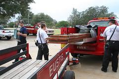 Loading the Trailer 3 (Timothy Totten) Tags: ferranpark eustis125thcelebration carandboatshow marciaarnold