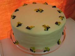 White Lilac Nostalgia Cake (sans lilacs)