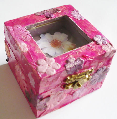 Chic Flower Trinket box w/ free gift