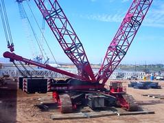 Up close to big crane (poweron) Tags: work construction industrial factory lift crane large machine machinery girders prebuild crawlercrane bigcrane hevyequipment craneandrigging