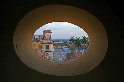 View from Bell Tower, Museo Nacional de la Lucha Contra Bandidos, Trinidad, Cuba por Mike Gadd.