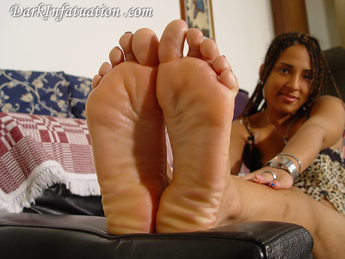 feet soles and Dark infatuation