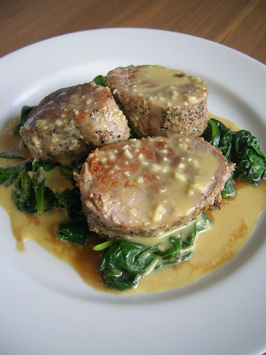 Pork Tenderloin with garlic orange vineagarette and sauteed spinach
